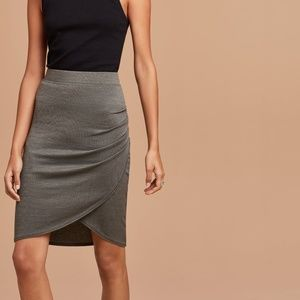 Wilfred Free Tyra Grey Asymmetrical Knit Skirt